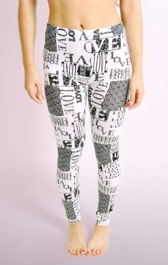 LOVE Print Leggings